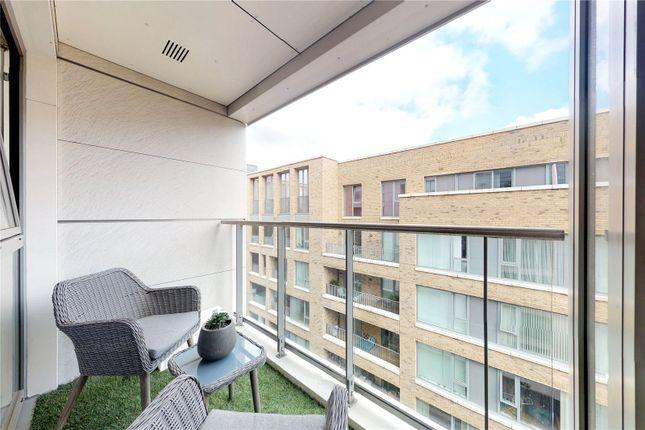 Picture No. 27 of Courtyard Apartments, 3 Avantgarde Place, London E1