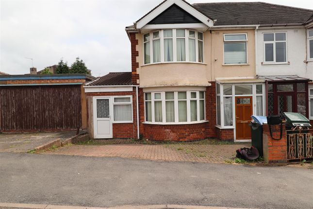 3 bed terraced house to rent in Axholme Road, Wyken, Coventry