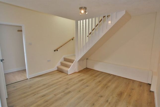 Thumbnail Terraced house to rent in Sperrin Close, Basingstoke, Hampshire