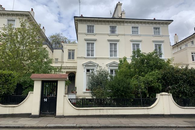 Thumbnail Property for sale in 14 Howley Place, Little Venice, London