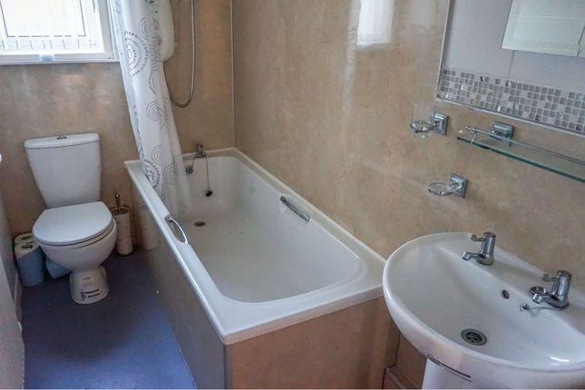 Bathroom of Lewars Avenue, Dumfries DG2