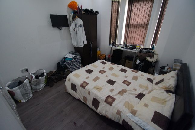 Thumbnail Terraced house to rent in Wren Street, Hillfields, Coventry