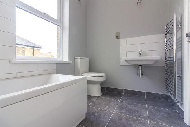 Bathroom & Wet Room