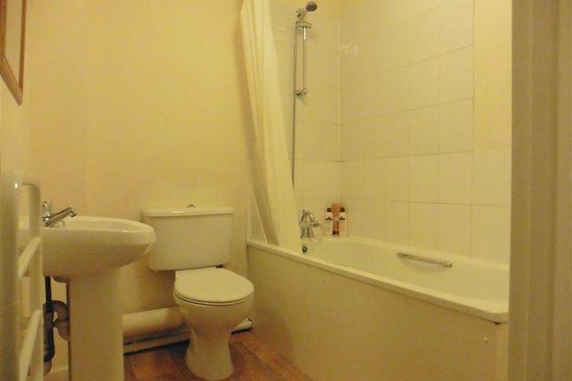 Bathroom of Lugley Street, Newport, Isle Of Wight PO30