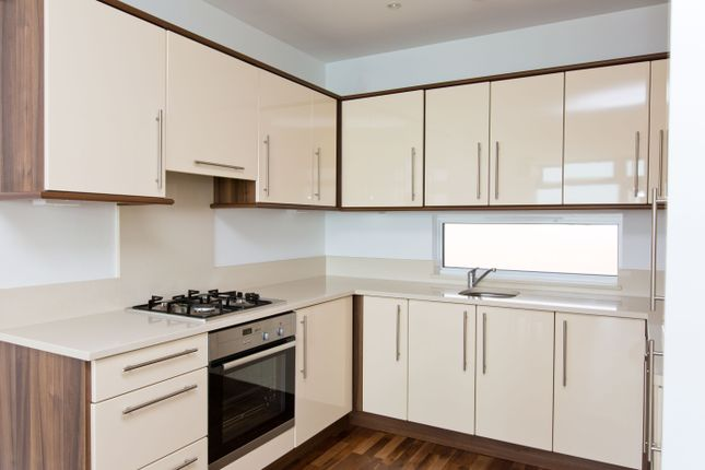 Thumbnail Flat to rent in Church Road, Southend On Sea