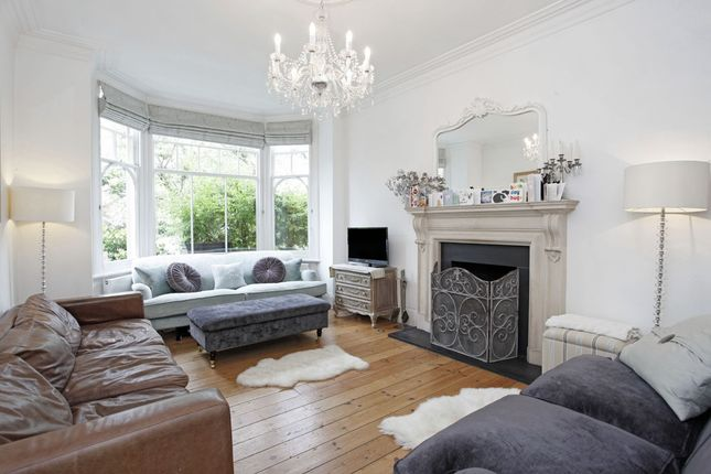 Thumbnail Semi-detached house to rent in Ingleside Grove, London