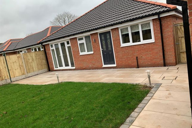 3 bed detached bungalow for sale in Crown Green, Mansfield NG19
