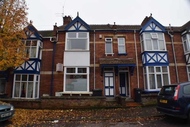 Thumbnail Shared accommodation to rent in Ashleigh Avenue, Bridgwater