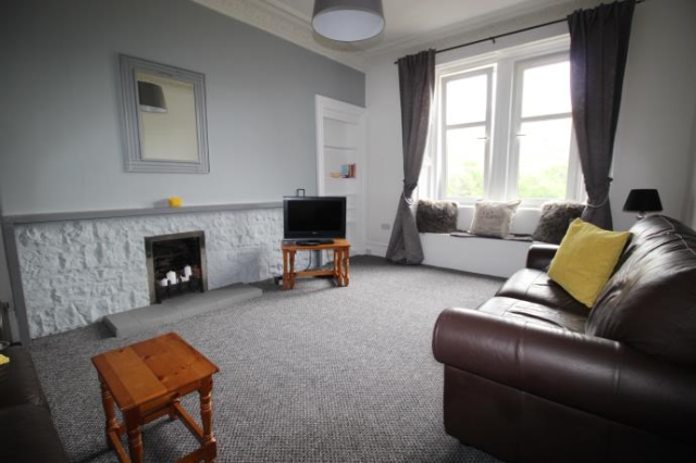 Thumbnail Flat to rent in Royal Park Terrace, Edinburgh