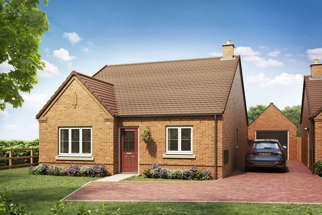 Thumbnail Bungalow for sale in Brownes Way, Hallow, Worcester