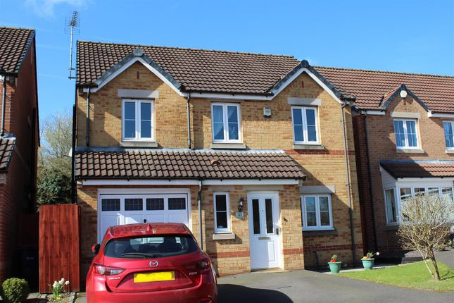 Thumbnail Detached house for sale in Roods Close, Sutton-In-Ashfield