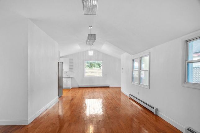 Thumbnail Town house for sale in 1505 Underhill Ave, Bronx, Ny 10473, Usa