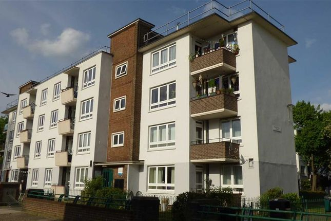 Thumbnail Flat for sale in Eveline Lowe Estate, London