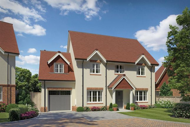 4 bed detached house for sale in Fincham Place, Slinfold, Horsham RH13