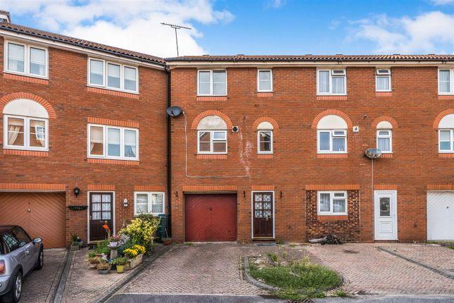 Thumbnail Town house for sale in Terminus Terrace, Southampton