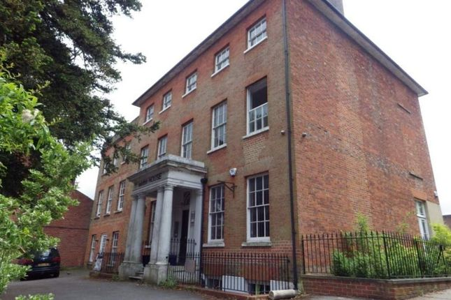 Thumbnail Office to let in Winton House, Basingstoke