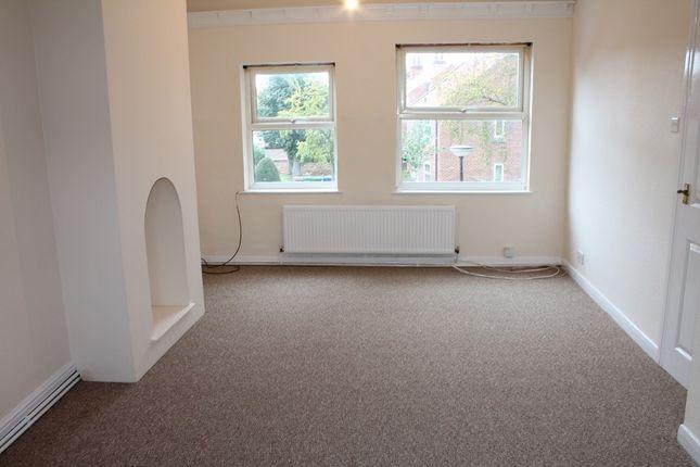 Lounge (Main) of Vicarage Lane, Hessle HU13