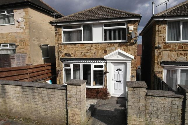 Thumbnail Detached house to rent in William Street, Churwell, Leeds
