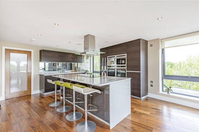 Thumbnail Penthouse for sale in Lower Mortlake Road, Richmond