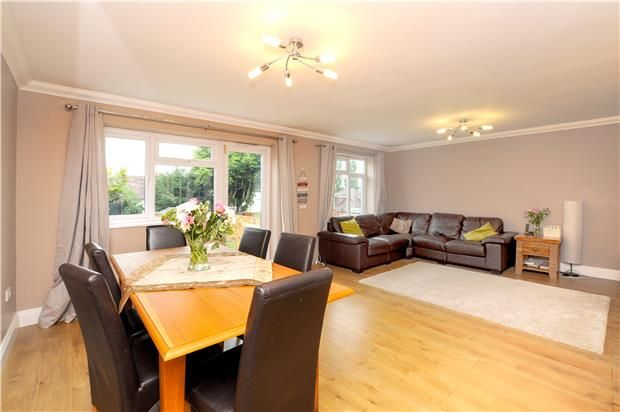 Thumbnail Detached house to rent in Higher Drive, Purley, Surrey