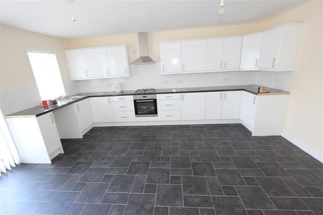 Thumbnail Detached bungalow to rent in Crossmyloof, Titwood Road