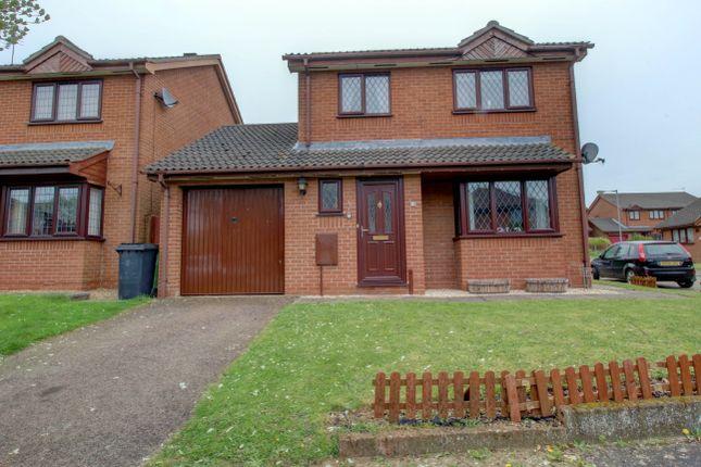 Thumbnail Detached house for sale in Paine Close, Roydon, Diss