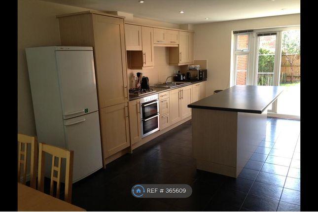 Room to rent in Petronel Road, Aylesbury