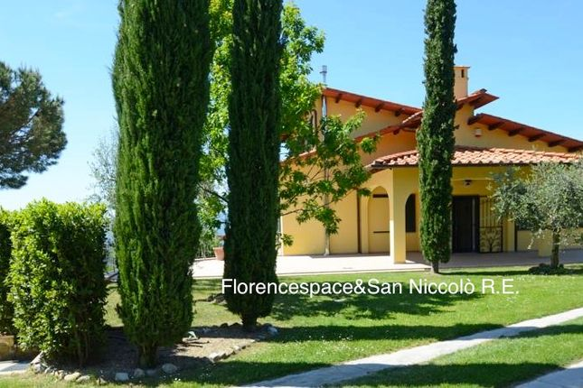 Thumbnail Villa for sale in Reggello, Florence, Tuscany, Italy