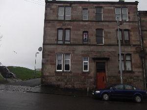 Thumbnail Flat to rent in Murdieston Street, Greenock