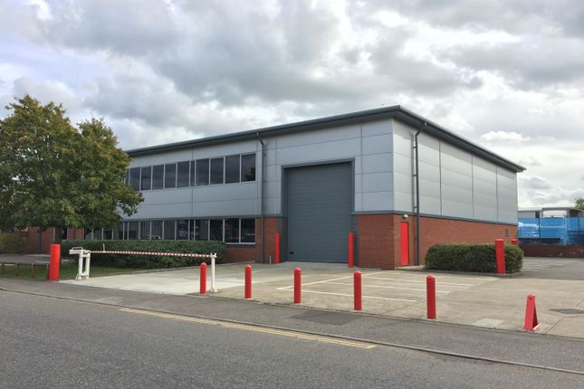 Thumbnail Warehouse to let in York Road, Burgess Hill