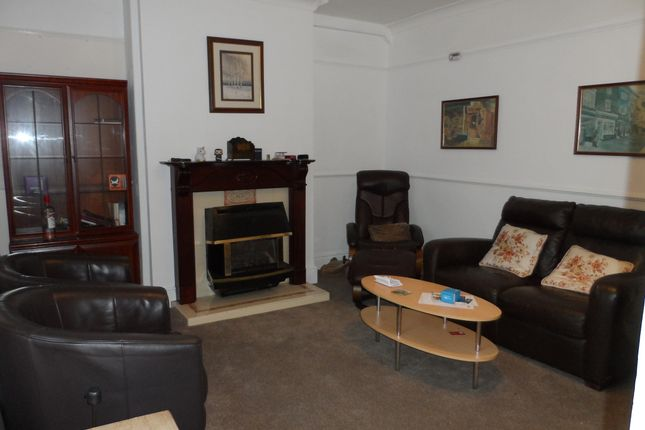 Thumbnail Shared accommodation to rent in Alcuin Avenue, York