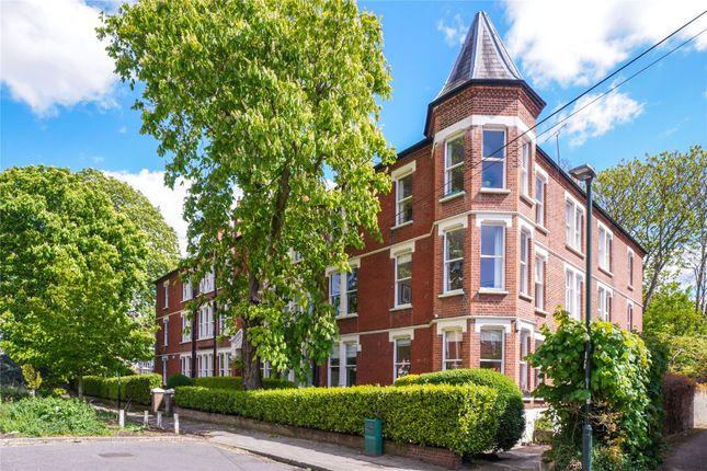 3 bed flat for sale in Richmond Mansions, Denton Road, Twickenham TW1