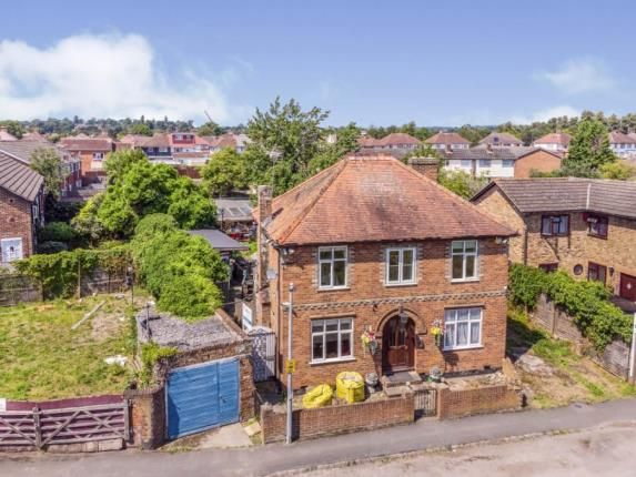 Thumbnail Detached house for sale in Maidenhead, Berkshire