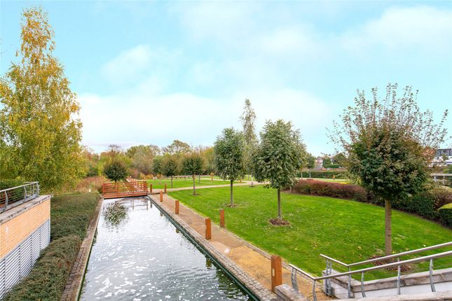 Communal Gardens of Kingswood Heights, Queen Mary Avenue, London E18