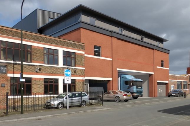 Thumbnail Warehouse to let in Lombard Road, South Wimbledon, London