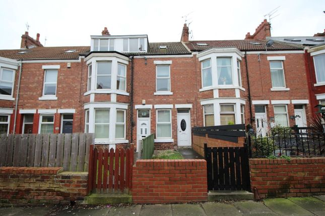 Thumbnail Property to rent in Cambridge Avenue, Whitley Bay