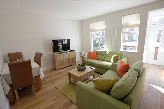 Thumbnail Flat to rent in Short Term Let - Mallet Road, Hither Green