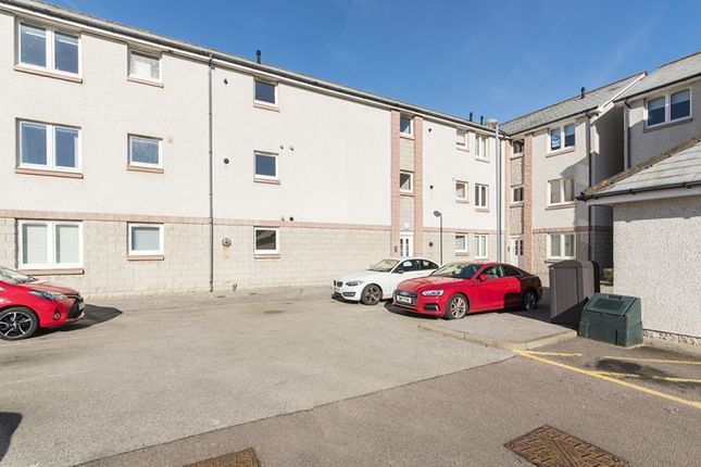 Thumbnail Flat for sale in Grandholm Crescent, Bridge Of Don, Aberdeen