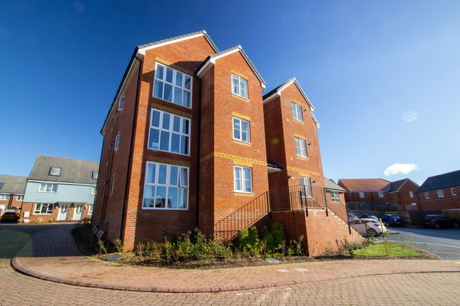 Thumbnail Flat to rent in Chinchen Close, East Cowes