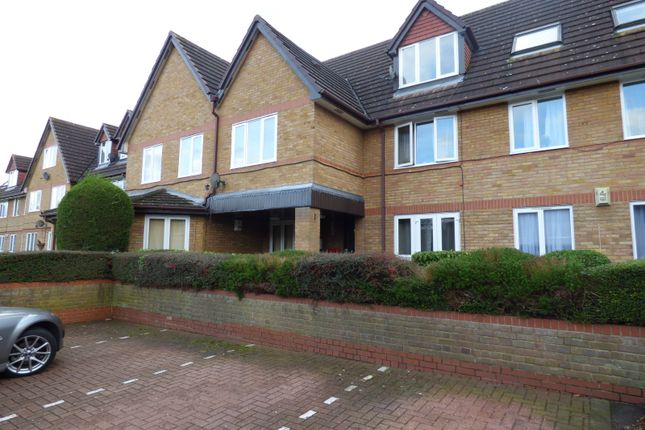 Thumbnail Flat to rent in Botany Close, New Barnet, Barnet