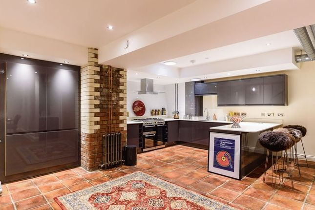 Flat for sale in James Street, Birmingham