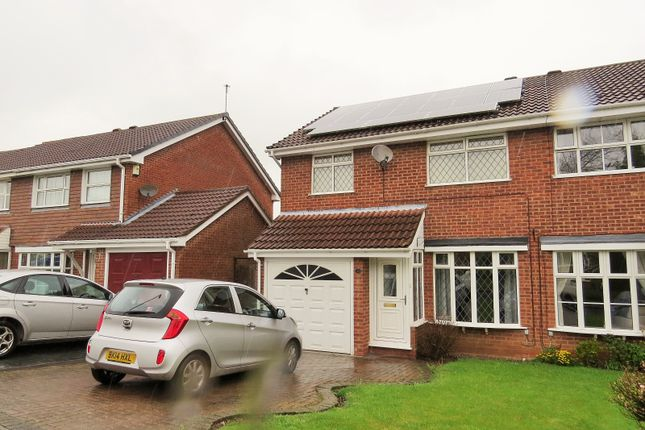 3 bed semi-detached house to rent in Beaumaris Close, Allesley Green, Coventry