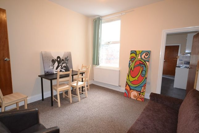 Thumbnail Terraced house to rent in Vine Street, Coventry
