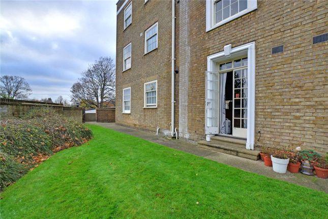 Picture No. 18 of Parkside, Blackheath, London SE3