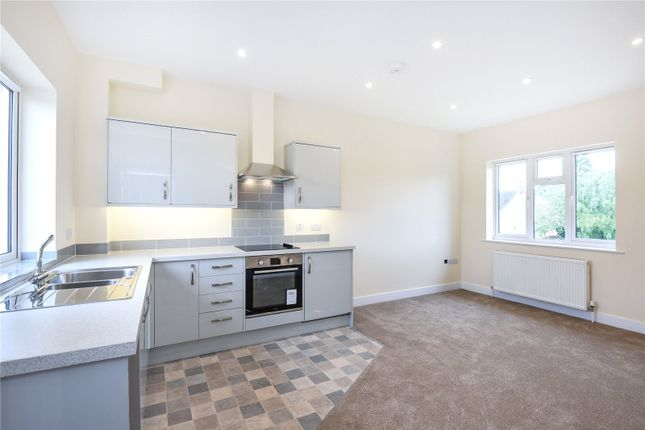 Thumbnail Flat to rent in Hailey Road, Witney