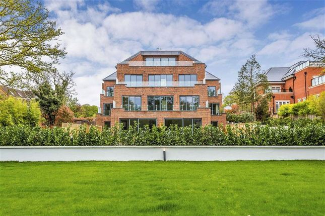 Thumbnail Flat for sale in Knightwood Court, Cockfosters Road, Hadley Wood, Hertfordshire