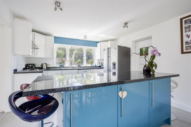 House-Rectory-Lane-Woodmansterne-Banstead-107