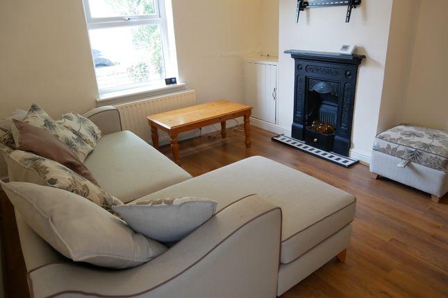Thumbnail Semi-detached house to rent in Butler Street, Uxbridge