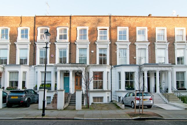 Thumbnail Property to rent in Blenheim Crescent, London