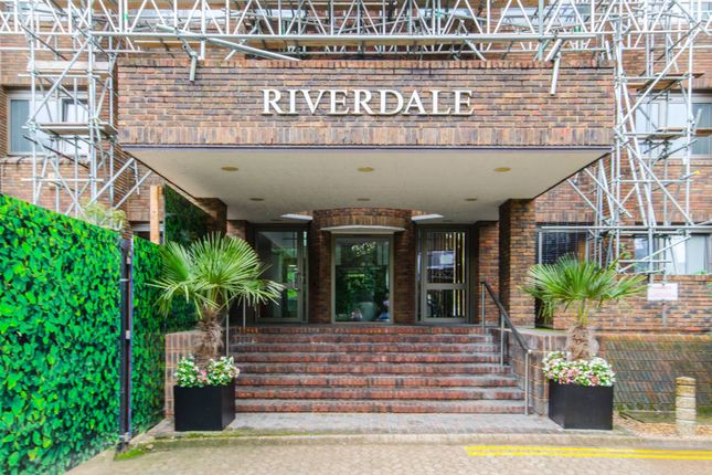 Thumbnail Flat for sale in Riverdale House, Lewisham